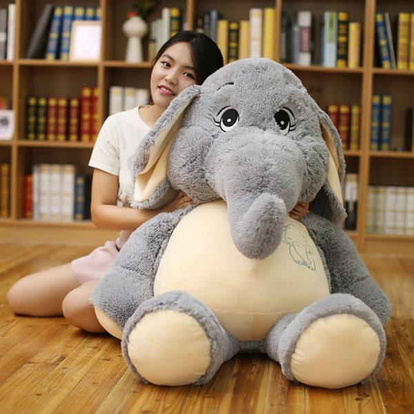 Peluche éléphant géant