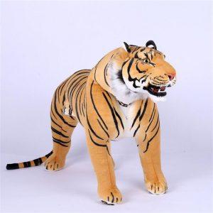 Géant tigre en peluche
